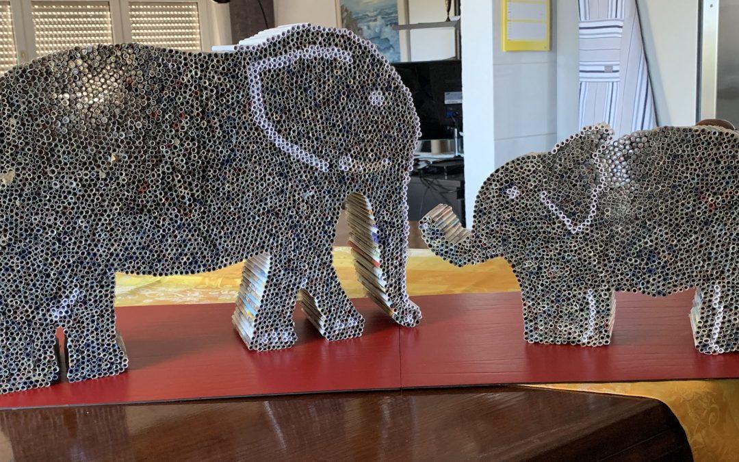 Elefanten aus Papierrollen